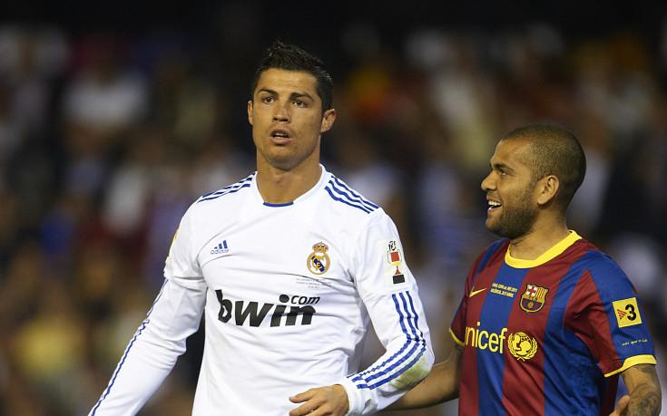 Четирима от Реал и Барса на картон от наказание преди Ел Класико