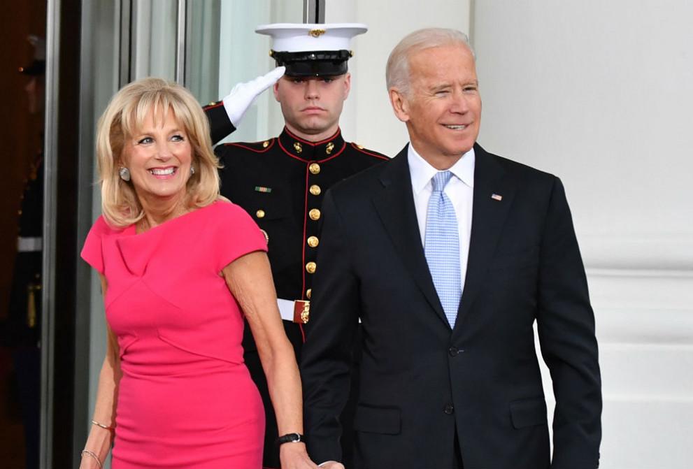 Джо Байдън и съпругата му Джил ще пишат мемоари - Любопитно - DarikNews.bg