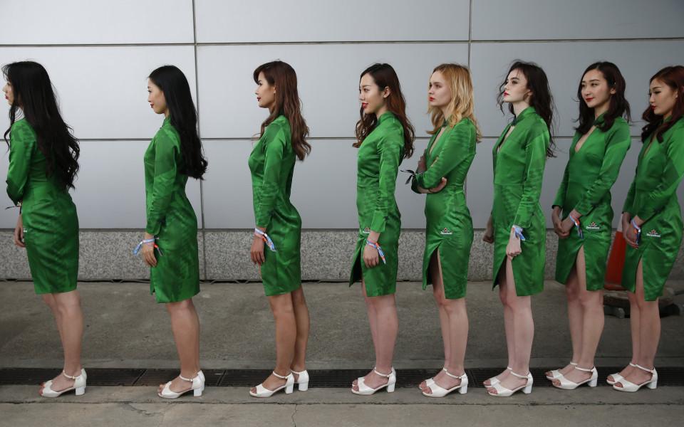 хостесите преди Гран При на Китай във Формула 1