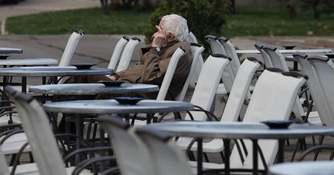 Пенсионер от Свищов дари полагащата му се великденска надбавка за