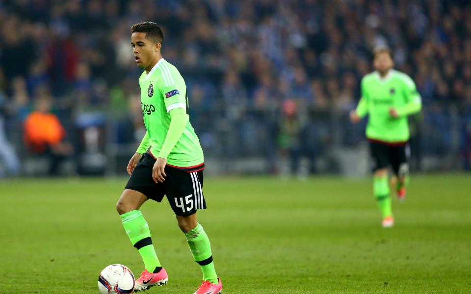 Манчестър Юнайтед в напреднали преговори със сина на легенда