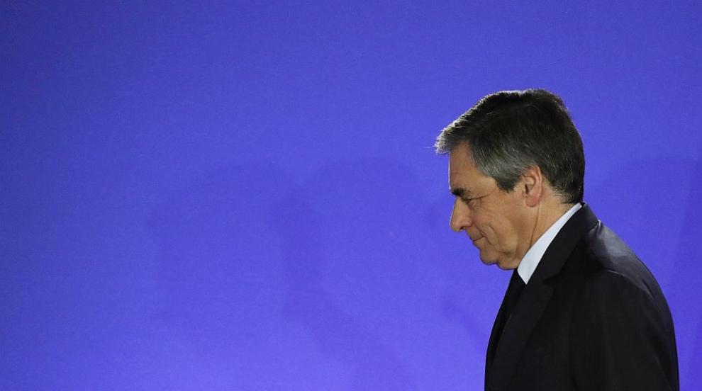 Започна делото срещу бившия френски премиер Франсоа Фийон за присвояване...
