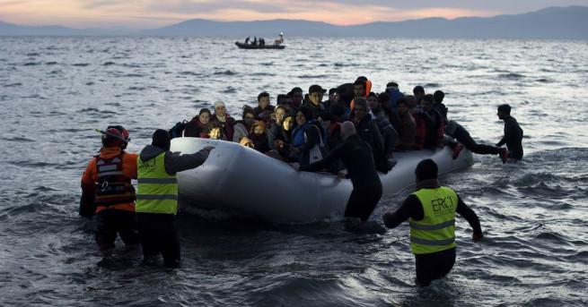Над 3300 мигранти са спасени за последните 24 часа в