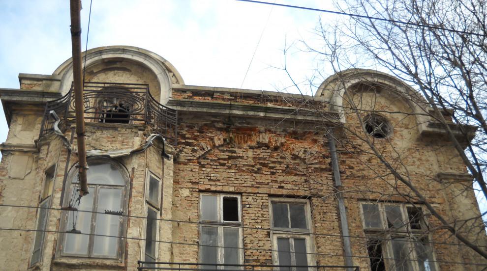 Арх. Кристияна Брънзалова: Ценните сгради у нас не са само в големите градове