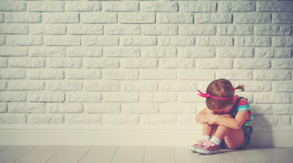 Все повече родители губят емоционалната връзка с децата си