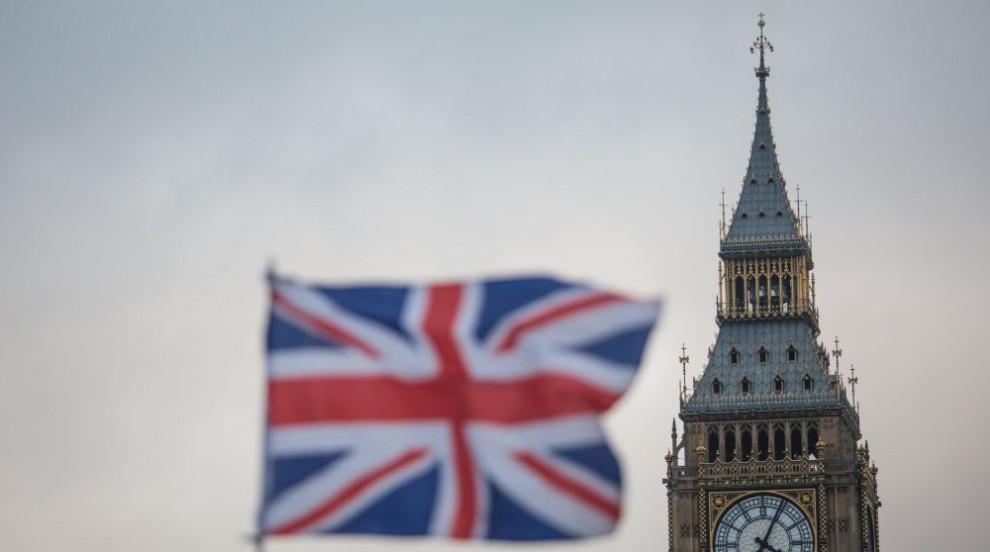 Великобритания готова да отговори на кибератака с ракетни удари