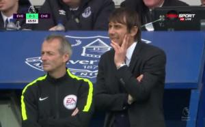 Челси докосва титлата след попадение на Педро