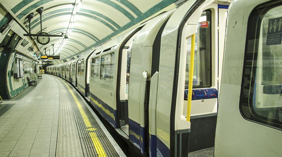 Задържаха бивш депутат заради спирането на метрото...