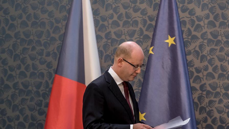 Чешкият премиер ще подаде оставка