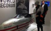 Суперзвездите на кеча на обиколка в музея на Ducati
