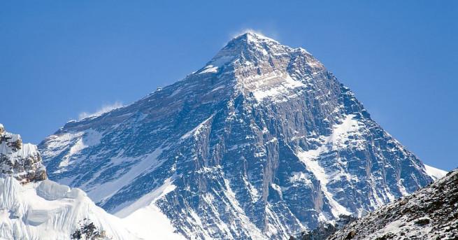 Непалският шерп Ками Рита постави нов световен рекорд, като за
