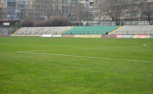 Обвиниха служебното правителство за забавянето на стадион Тича