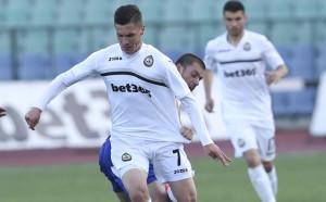 Славия замина за Банско, руснак се присъедини към групата