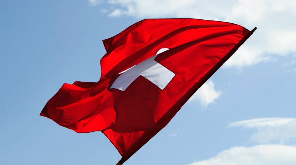 Швейцария не иска повече българи и румънци да работят в страната