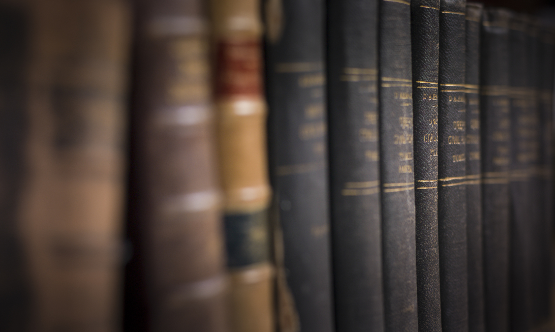 Изградете уникална колекция от книги<br /> <br /> Книгите са безспорно богатство, но да се създаде колекция не е лесна задача. Освен това, четящият мъж винаги е много по-интересен за жените. Той винаги има история, която да сподели, книга, която да препоръча, но и повод да завърже лесно разговор с непозната в книжарницата.
