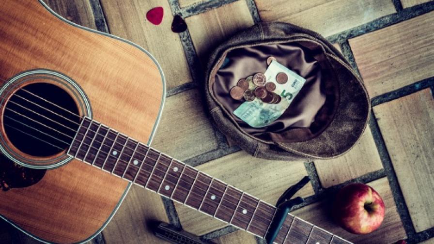 Музикантът, който ще зарадва всеки в центъра на София