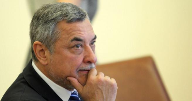 Заместник министър-председателят по икономическата и демографската политика Валери Симеонов организира