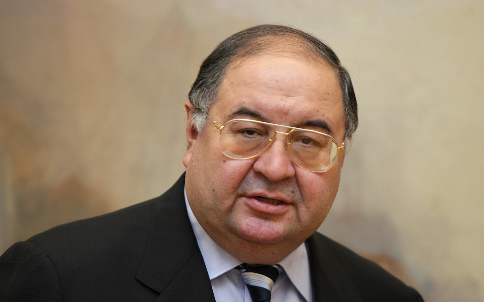 Алишер Усманов няма да продава акциите си на Стан Кронки