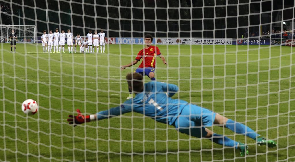 Испания - Англия U 17<strong> източник: БГНЕС</strong>