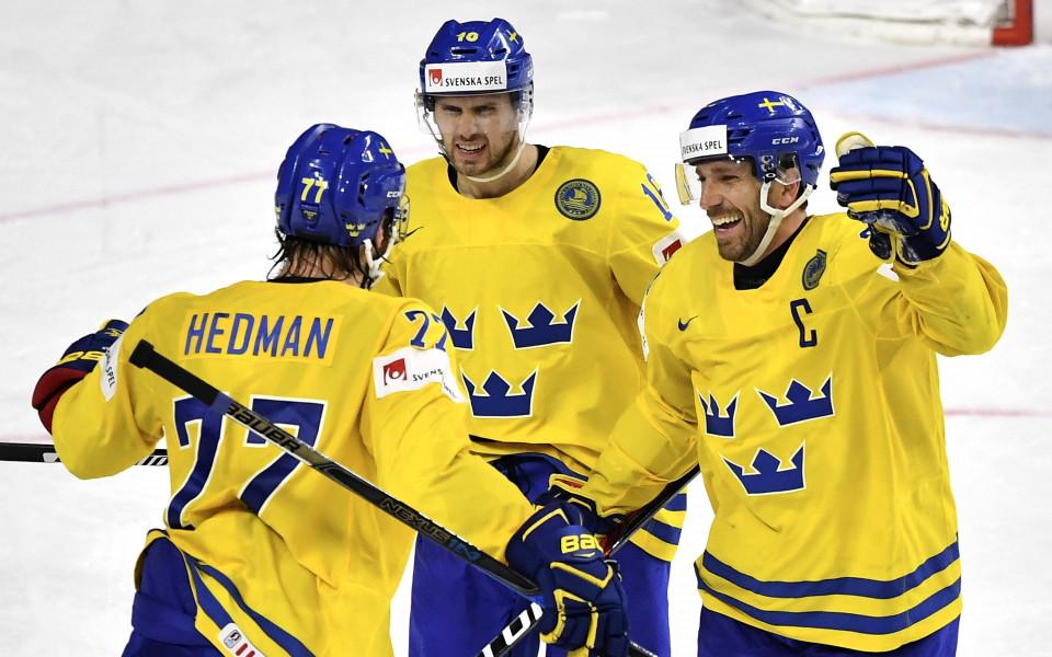 Швеция взе класиката с Русия на Световното по хокей, избегна Канада