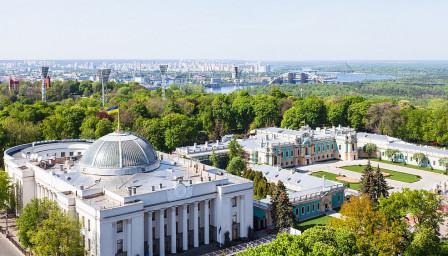Закон ограничава руския език в телевизиите в Украйна