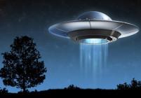 Няколко известни личности, които вярват в извънземни