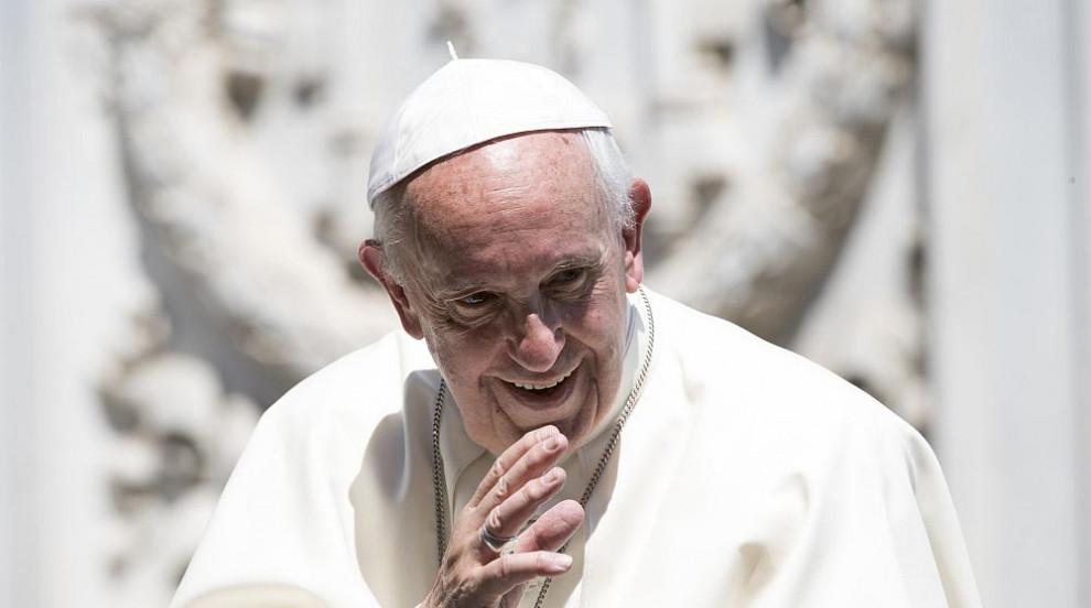 Папа Франциск към хомосексуалист: Бог те е направил такъв и такъв те обича