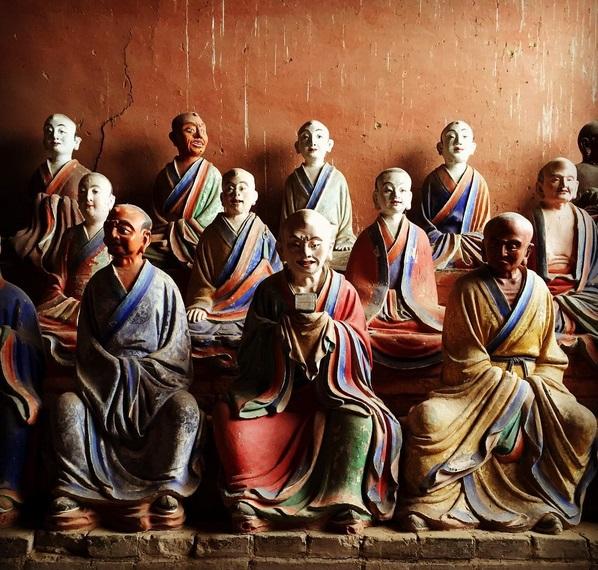 Планината Вутай – дом на 41 манастира, тази свещена планина се гордее с Източната зала на храма Фогуанг, най-високата оцеляла дървена сграда на династията Тан с невероятни глинени. снимка: zhuangtian/Instagram