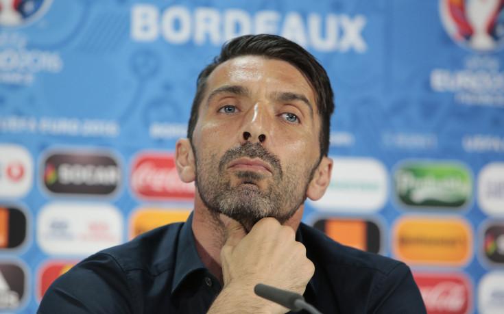 Буфон: Време е Италия да стане отбор