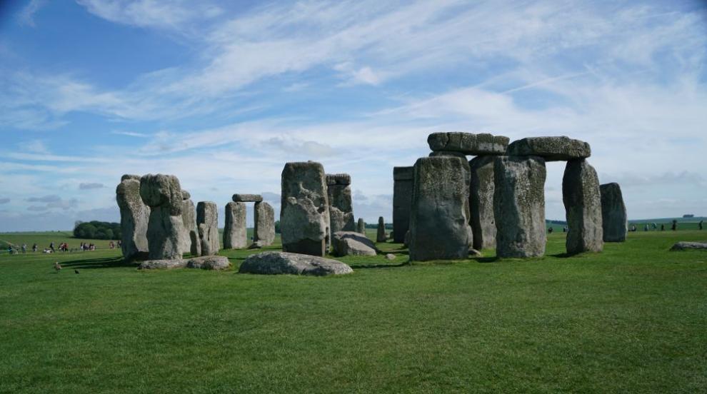 Учени разгадаха загадката с построяването на Стоунхендж