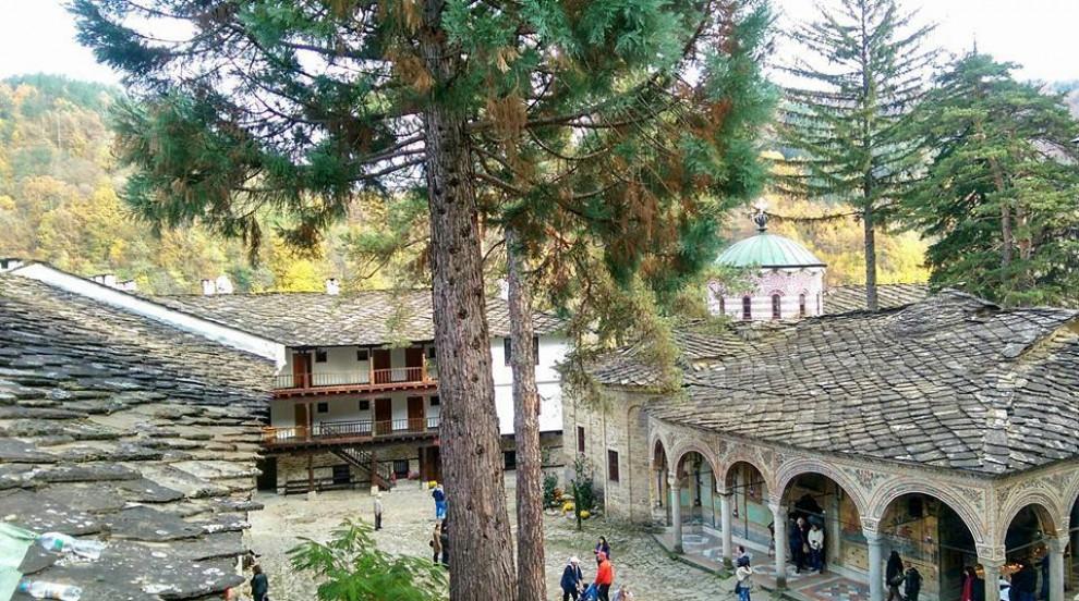 Уникална находка от 1876 година откриха в Троянския манастир