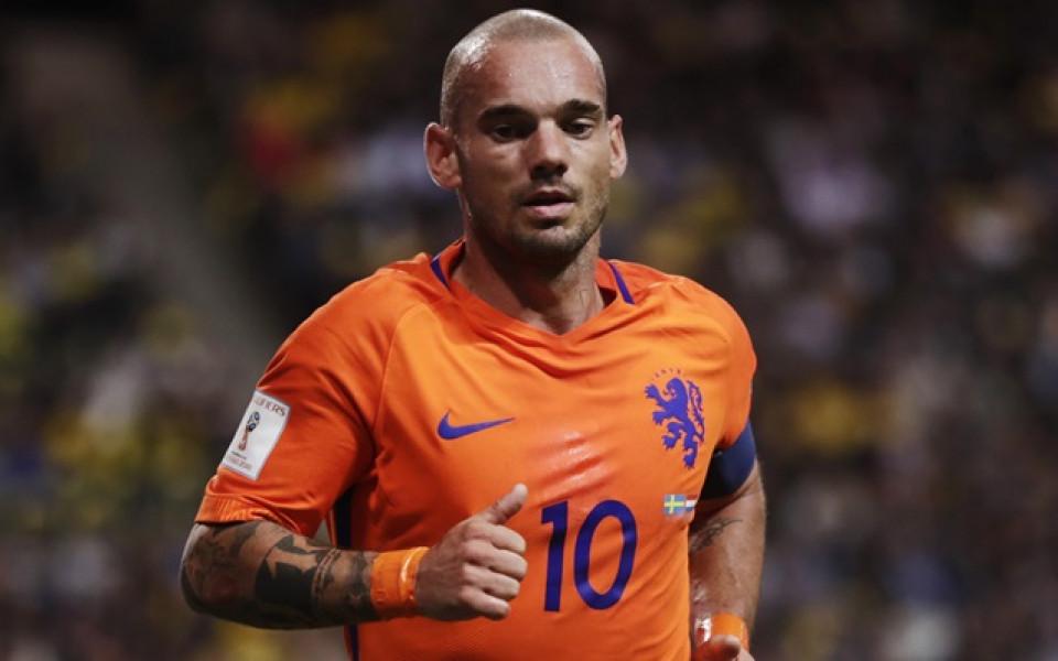 Още една нидерландска легенда се връща към футбола