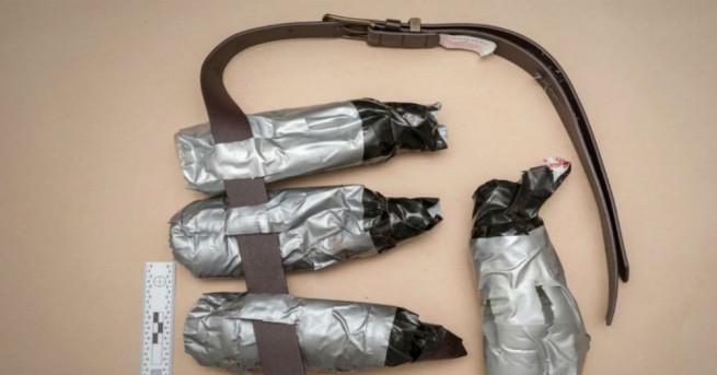 Британската полиция разпространи снимки с фалшивите колани с експлозиви на