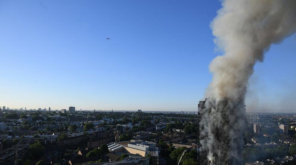 Расте броят на жертвите на пожара в Лондон
