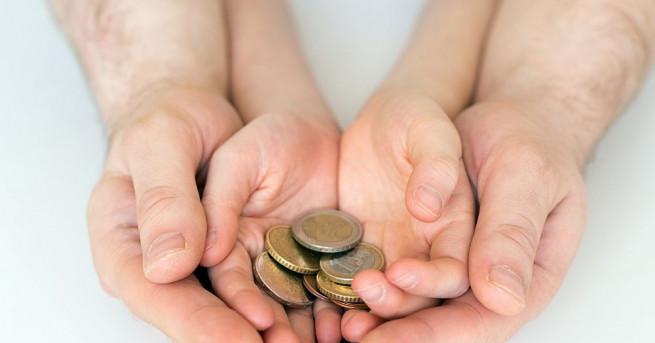 Снимка: Зов за помощ: 6000 евро не достигат на мъж за рехабилитация след трансплантация