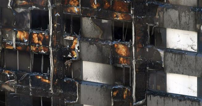 Седемнайсет станаха жертвите от пожара в лондонския жилищен блок Гренфел