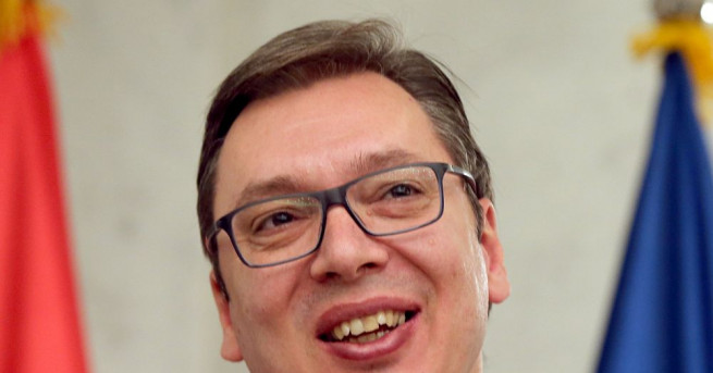 Сръбският президент Александър Вучич дава мандат за съставяне на правителство