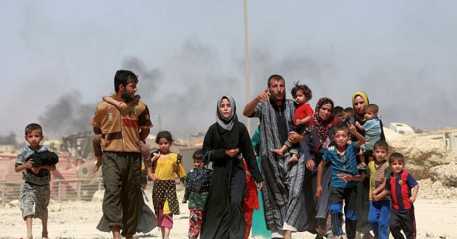 ООН заяви, че над 100 000 иракски цивилни са държани
