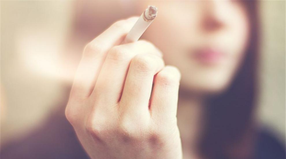 България - с най-много пушещи девойки в света
