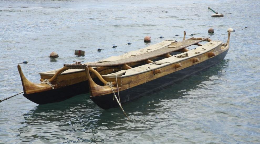 Традиционно полинезийско кану направи околосветска обиколка (ВИДЕО/СНИМКИ)
