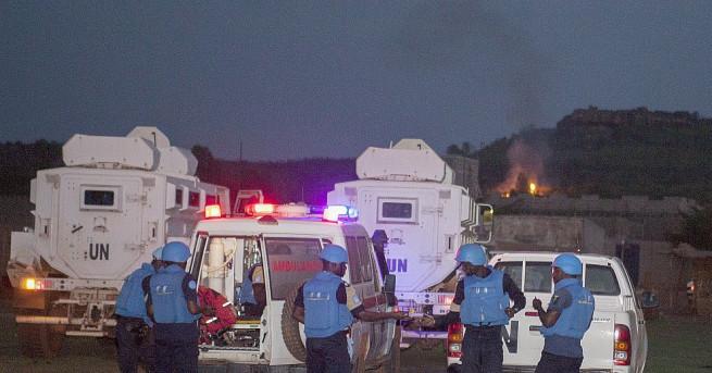 Неизвестни въоръжени нападатели убиха четирима гости в популярен сред западните
