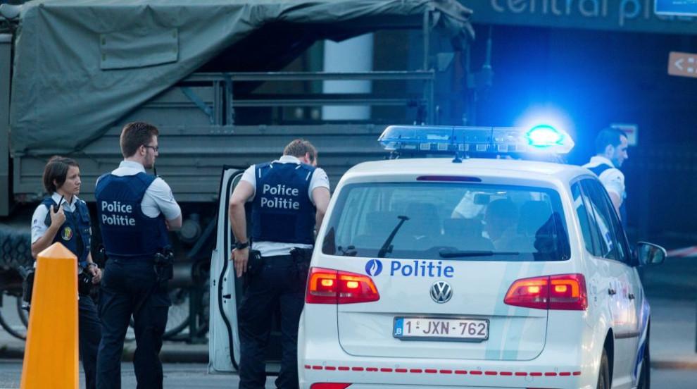 Четирима души бяха пуснати на свобода в разследването на атентата на гара...
