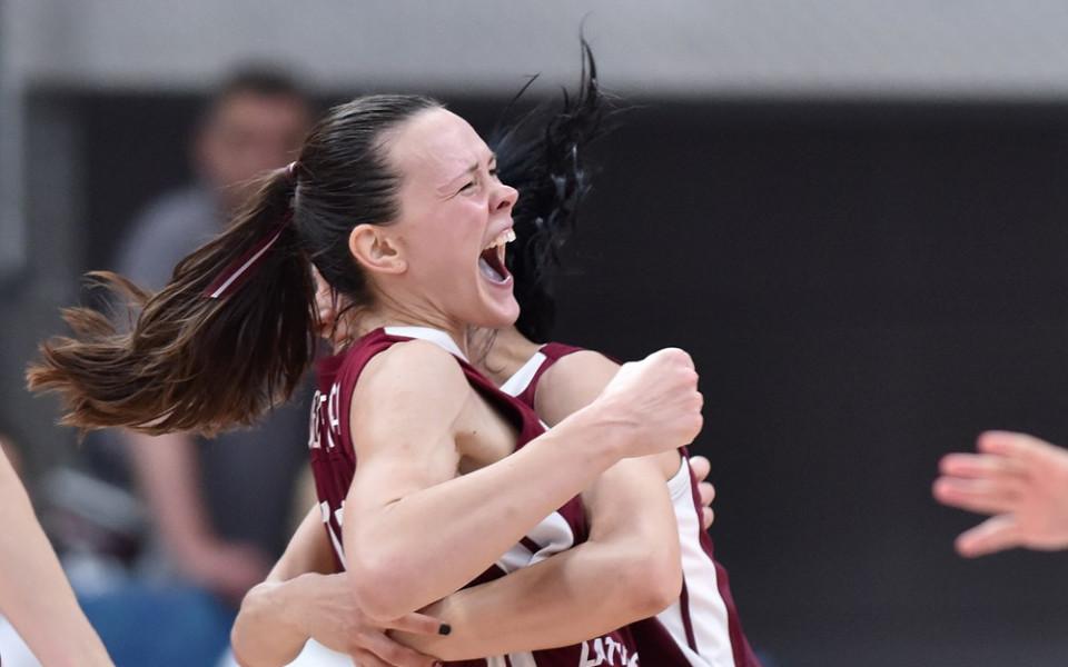 Сърбия загуби короната си, отпадна още на осминафинал на Евробаскет за жени