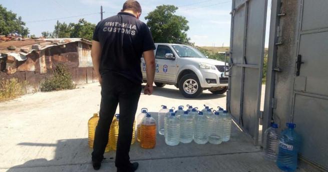 3405 л нелегален етилов алкохол иззеха митнически служители от отдел