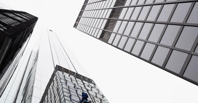 60 високи сгради във Великобритания не отговарят на стандартите за