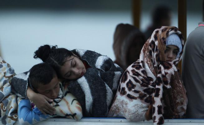Кораб със 170 души на борда потъна в Колумбия, 9 са загинали