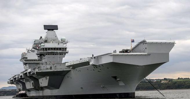 Новият самолетоносач на британския кралски военноморски флот