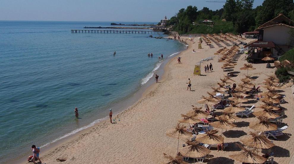 Чешка туристка се удави в Слънчев бряг, издирват 11-годишно дете, влязло в...