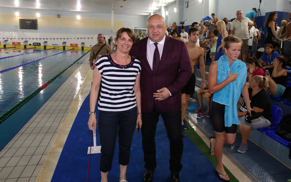Олимпийски шампион се включи в държавното първенство по плуване