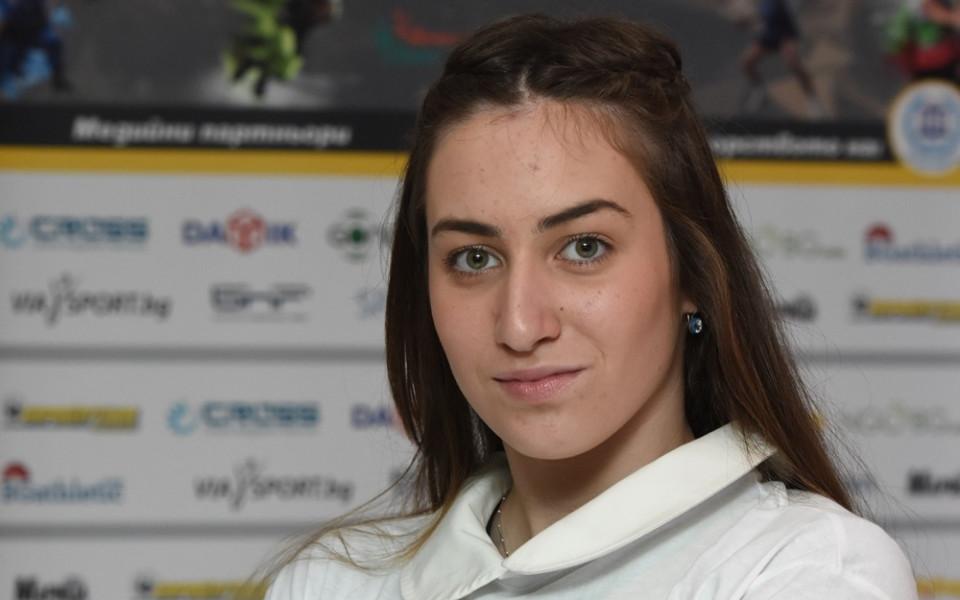 Плувкинята Диана Петкова аут на полуфиналите на Световното за юноши и девойки